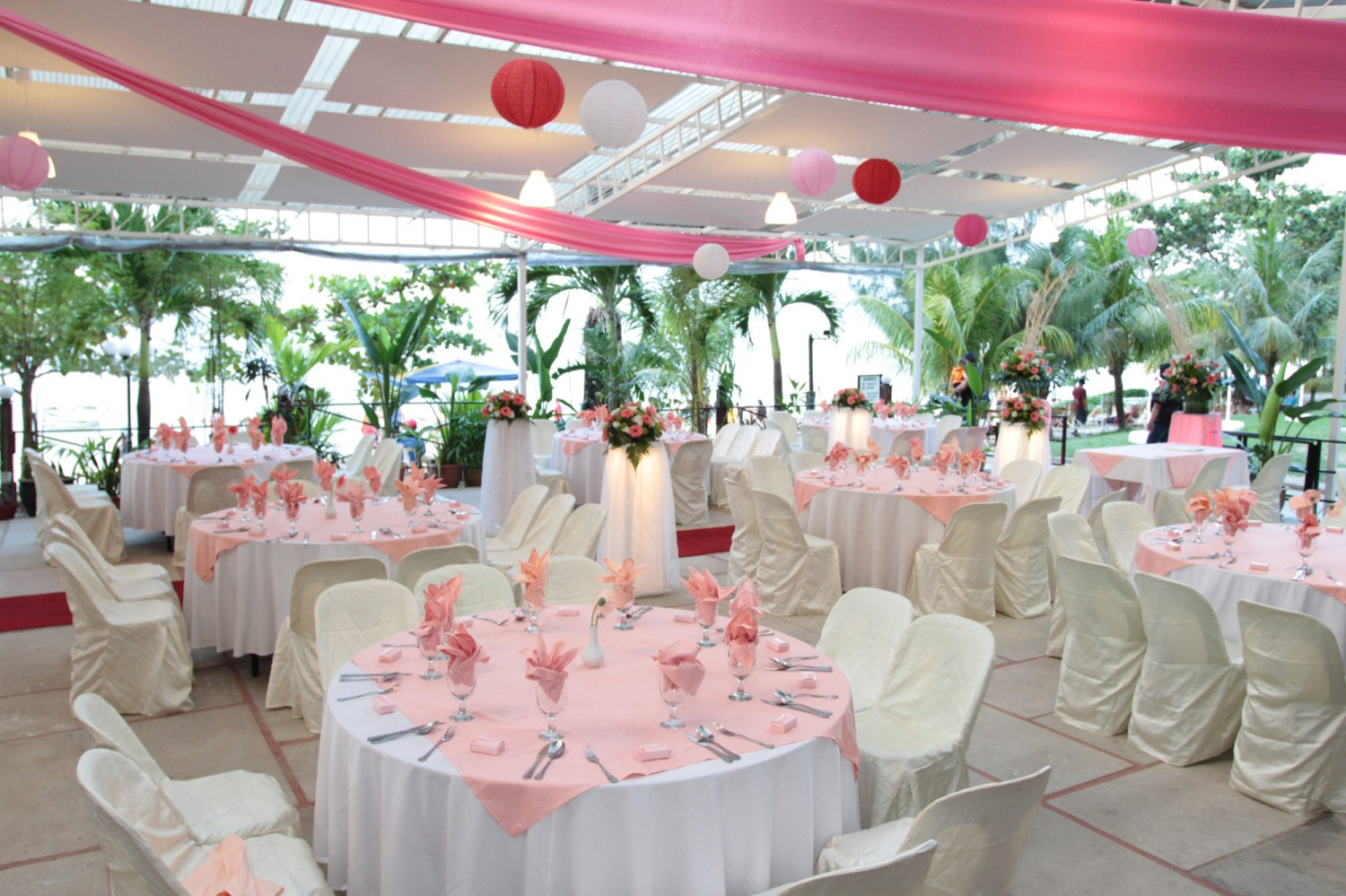 Rainbow paradise beach resort weddings weddings junglespirit Images